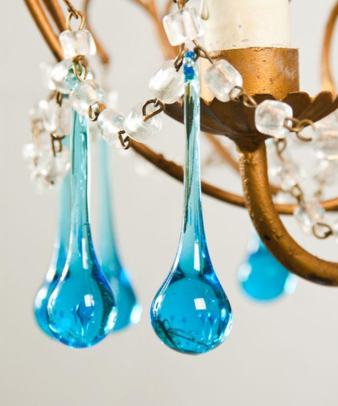 Italiaanse kroonluchter met aquamarijn gekleurde kristallen