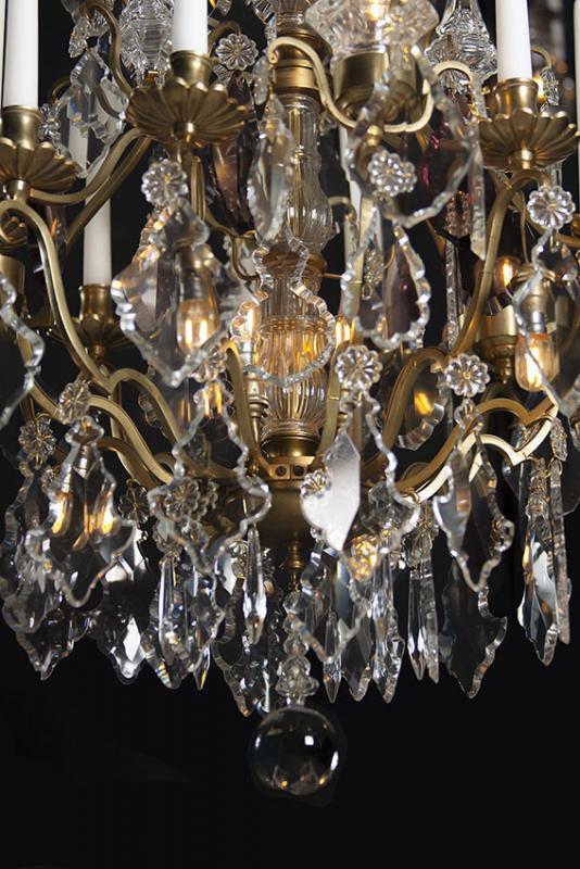 Grote antieke kristallen kroonluchter uit Frankrijk