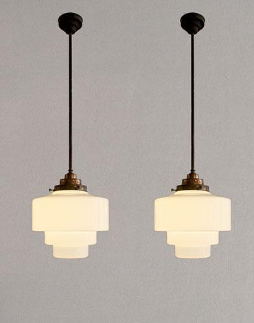 Set melkglazen design lampen for Vintage lampen