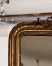 Franse antieke spiegel met bladgoud