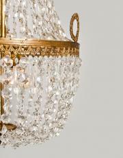 Grote zakluchter, Franse sac a perles met kristallen pegels