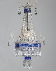 antieke Franse kristallen zakluchter met blauwe pegels