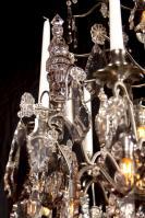 Grote Franse antieke zilveren kristallen kroonluchter
