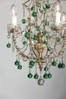 Italiaanse kroonluchter met groene gekleurde pegels