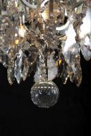 Zilveren antieke kristallen kaarsen kroonluchter en Led verlichting