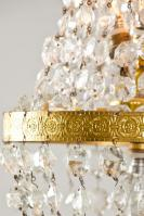 Franse antieke zakluchter met kristallen pegels